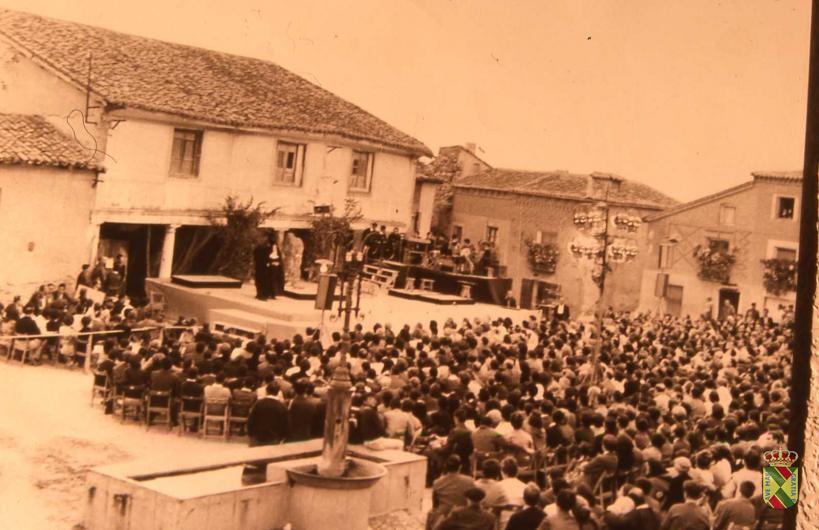 teatro festival medieval antiguo 02